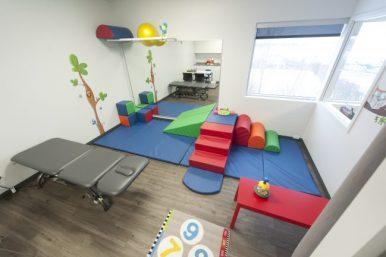 Salle de physiothérapie pédiatrique