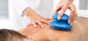 Vacuothérapie : tout savoir sur le massage aux ventouses