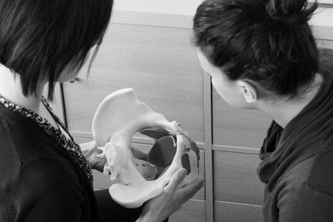 Rééducation périnéale pour l'incontinence urinaire en post-partum