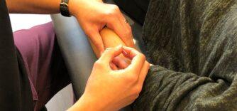 (Français) Puncture physiothérapique avec aiguille sèche (Aiguille sous le derme ou « dry-needling »)