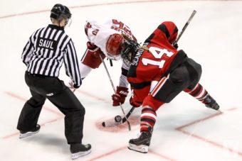 Commotions cérébrales au hockey et prévention