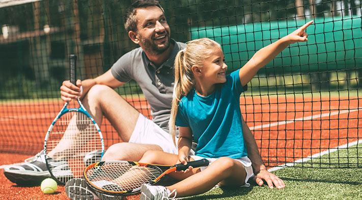 Tennis et physiothérapie : partenaires de jeu gagnants