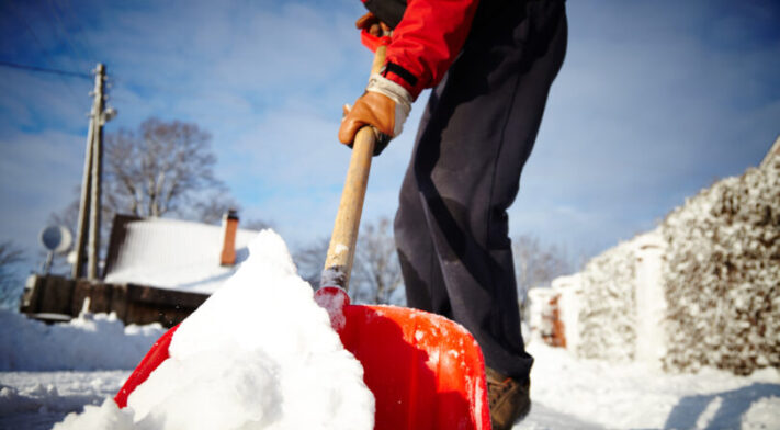 One shovelful at a time: tips for shovelling snow safely