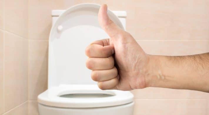 Adoptez-vous la meilleure position aux toilettes?